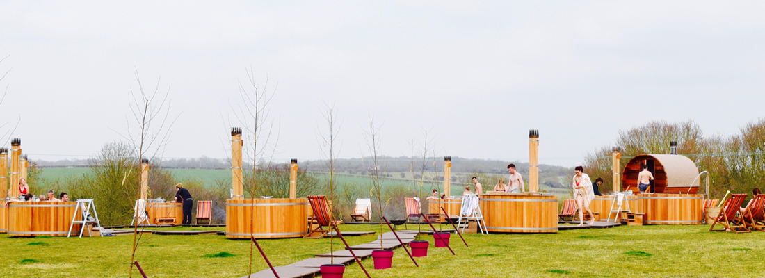 Bourn pop up   Outdoor spa   Bathing under the Sky