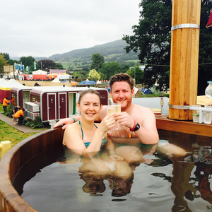 Luxury spa | Green Man Festival 2017 | Bathing under the Sky